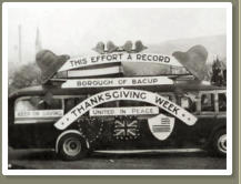 WW2 Propaganda Bus